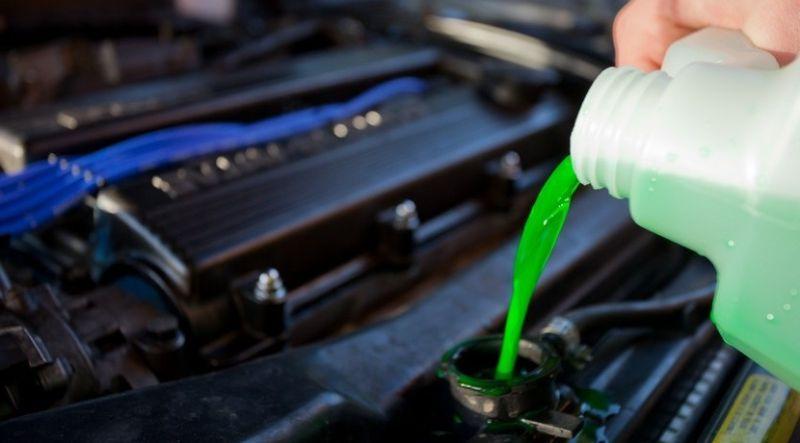 Los líquidos de tu coche: su importancia y cuando revisarlos