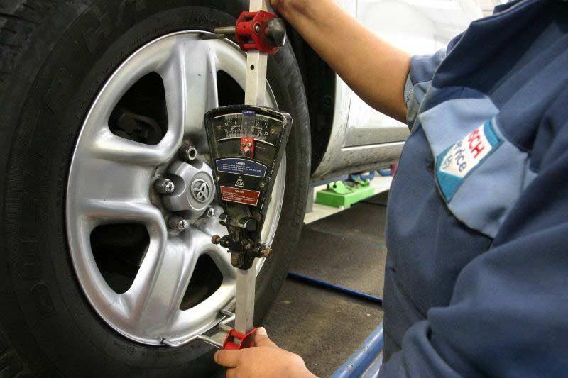 alineado equilibrado de ruedas de coche qué es y donde hacerlos